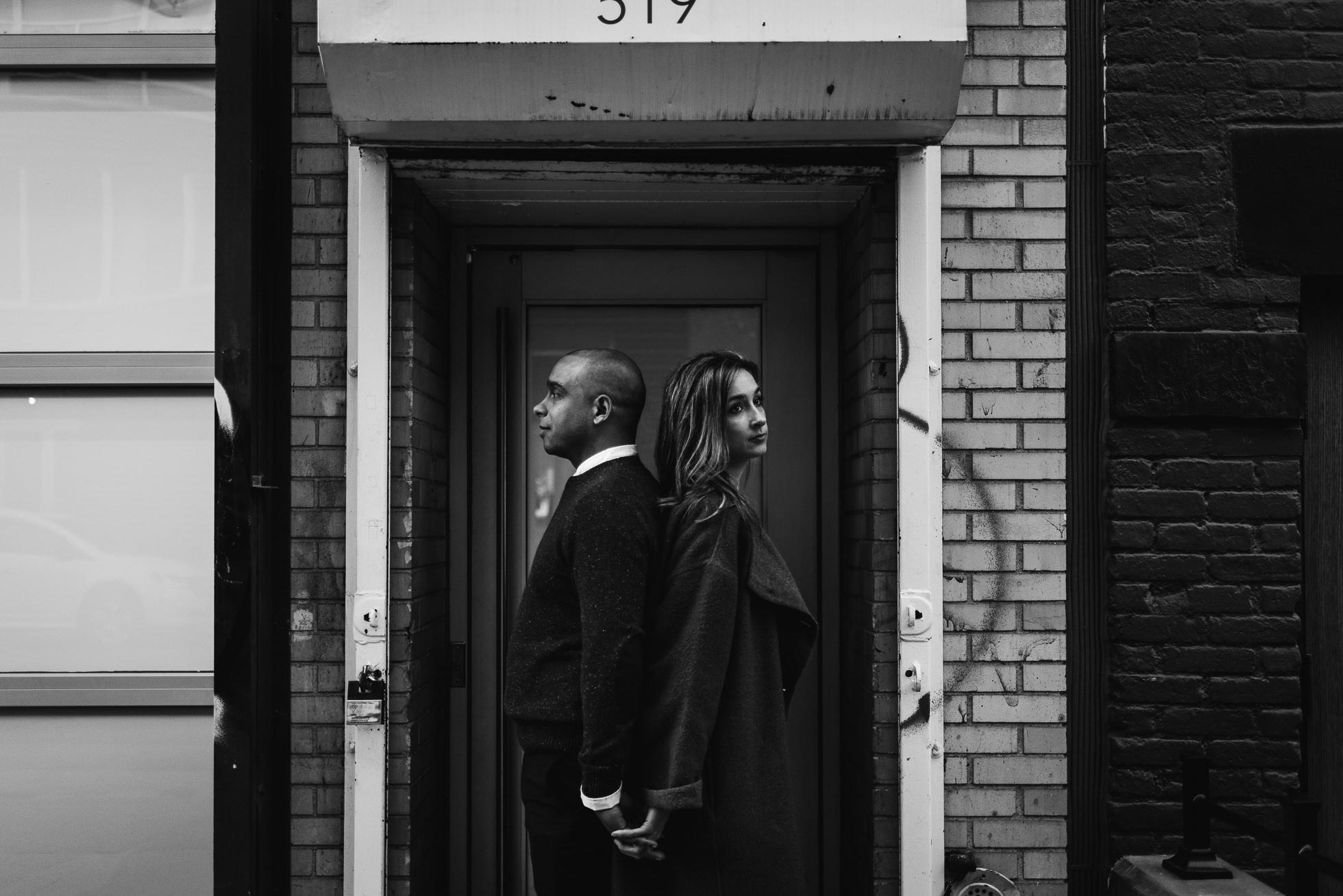 couple in nyc doorway