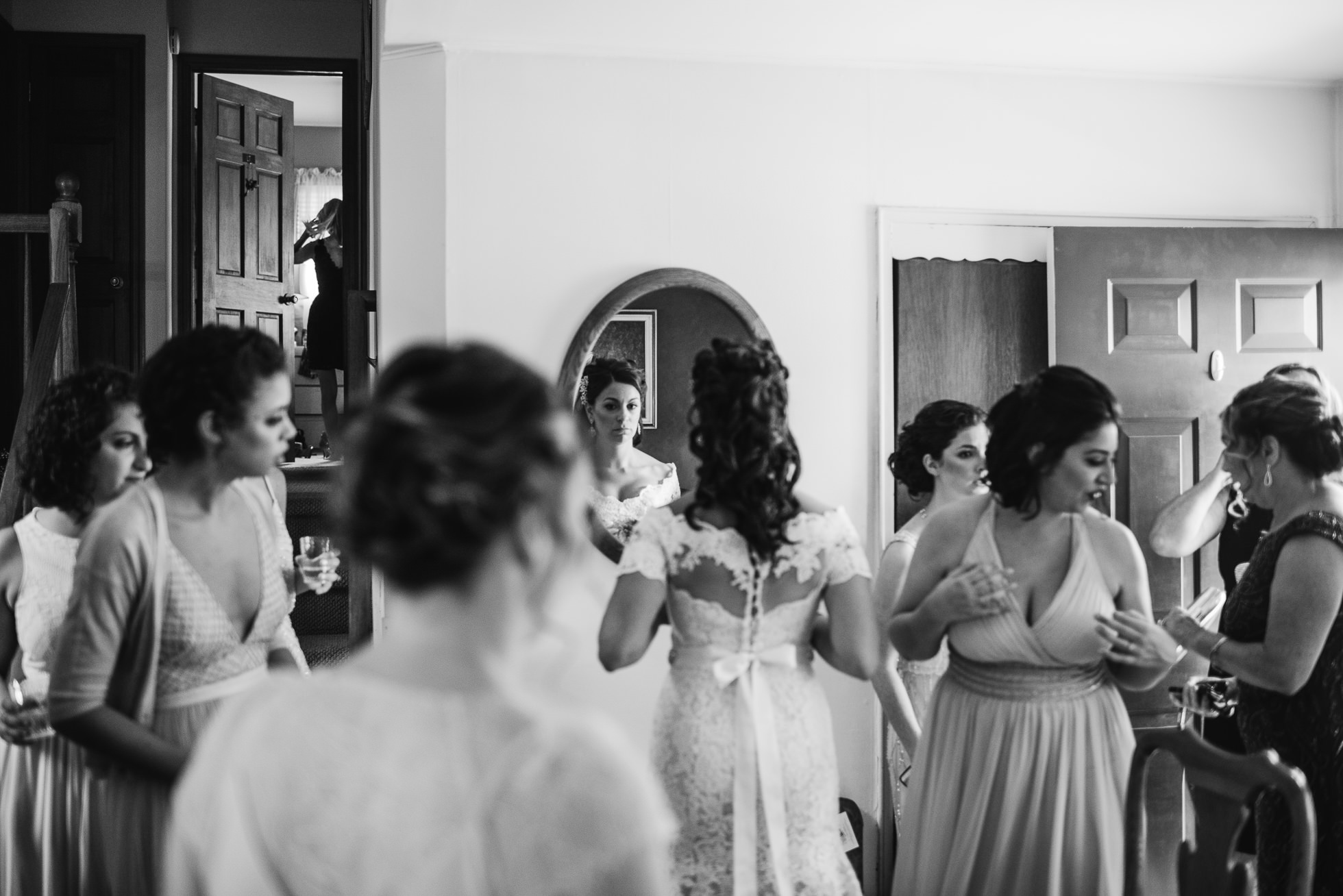 bride and bridesmaids mirror