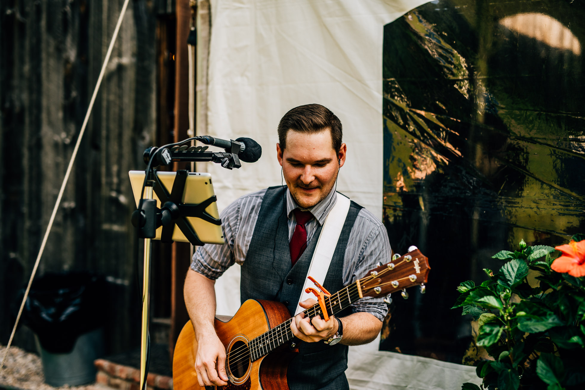 wedding guitar player