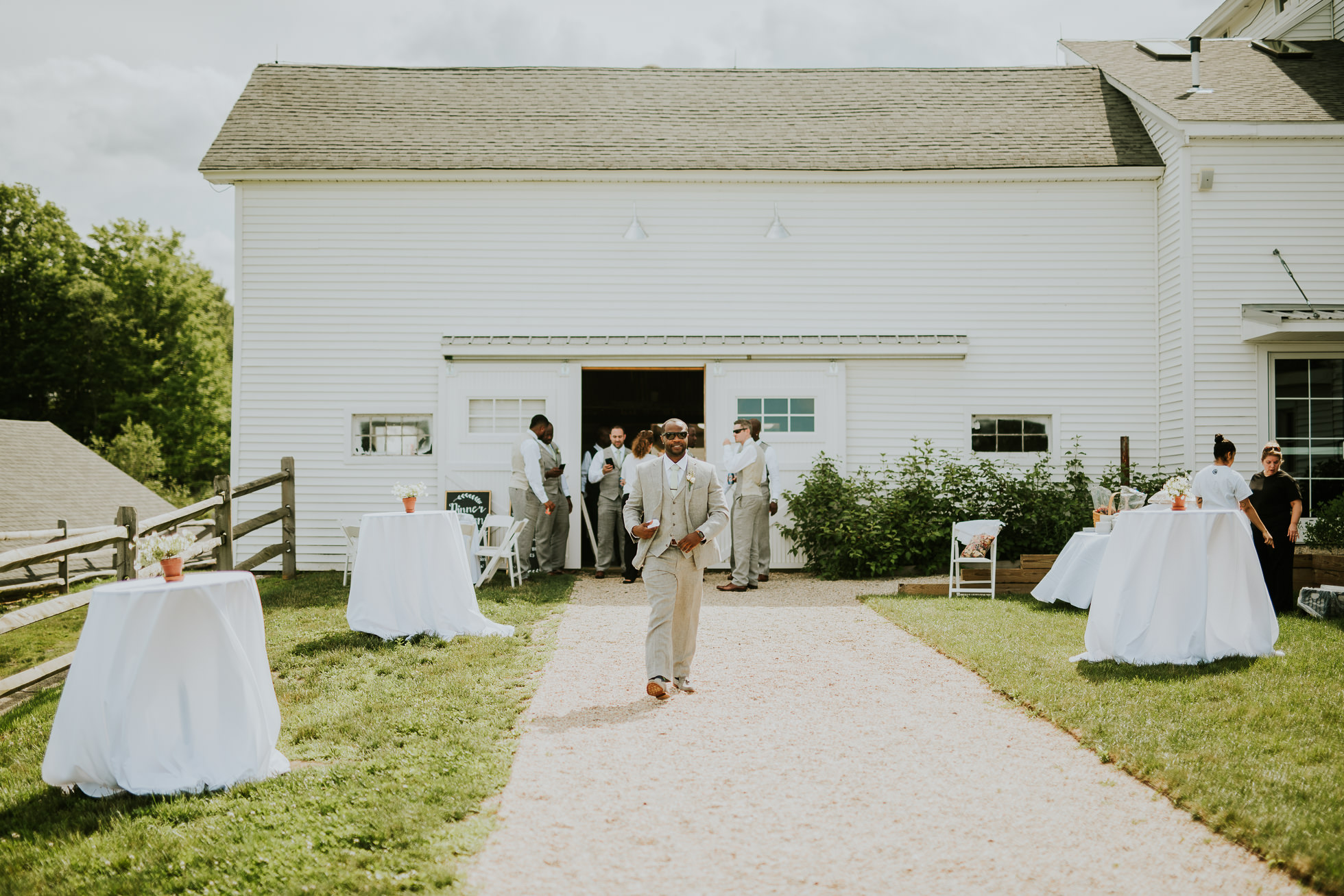 groom at South Farms Connecticut photographed by Traverse the Tides
