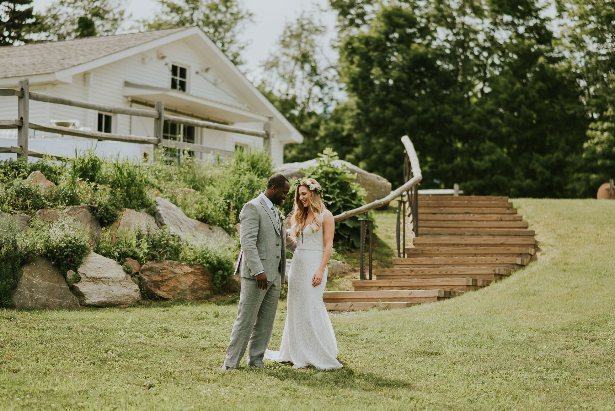 Connecticut rustic wedding photographed by Traverse the Tides