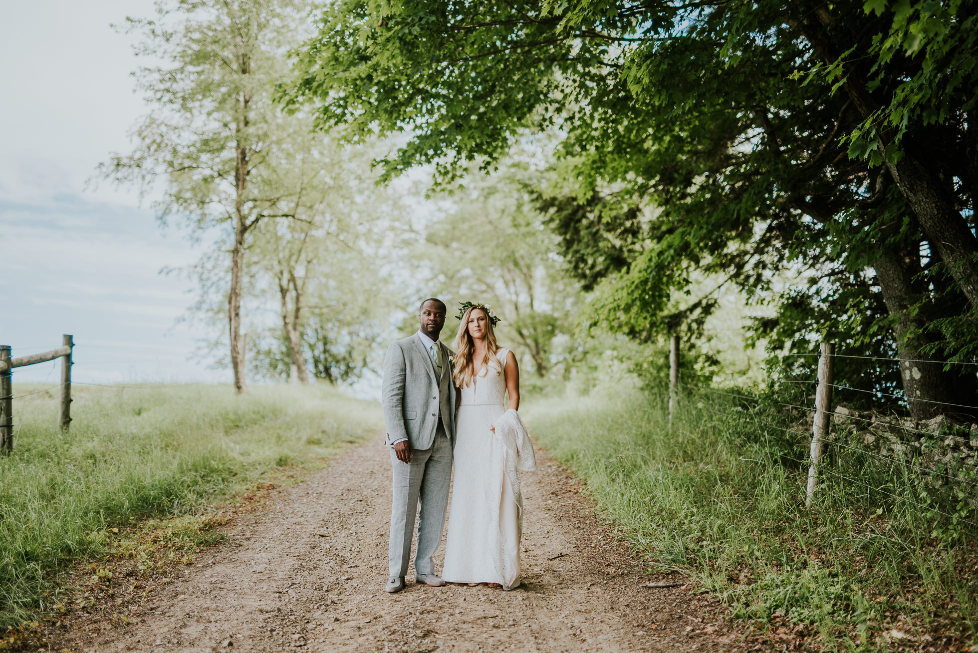 country wedding photos photographed by Traverse the Tides