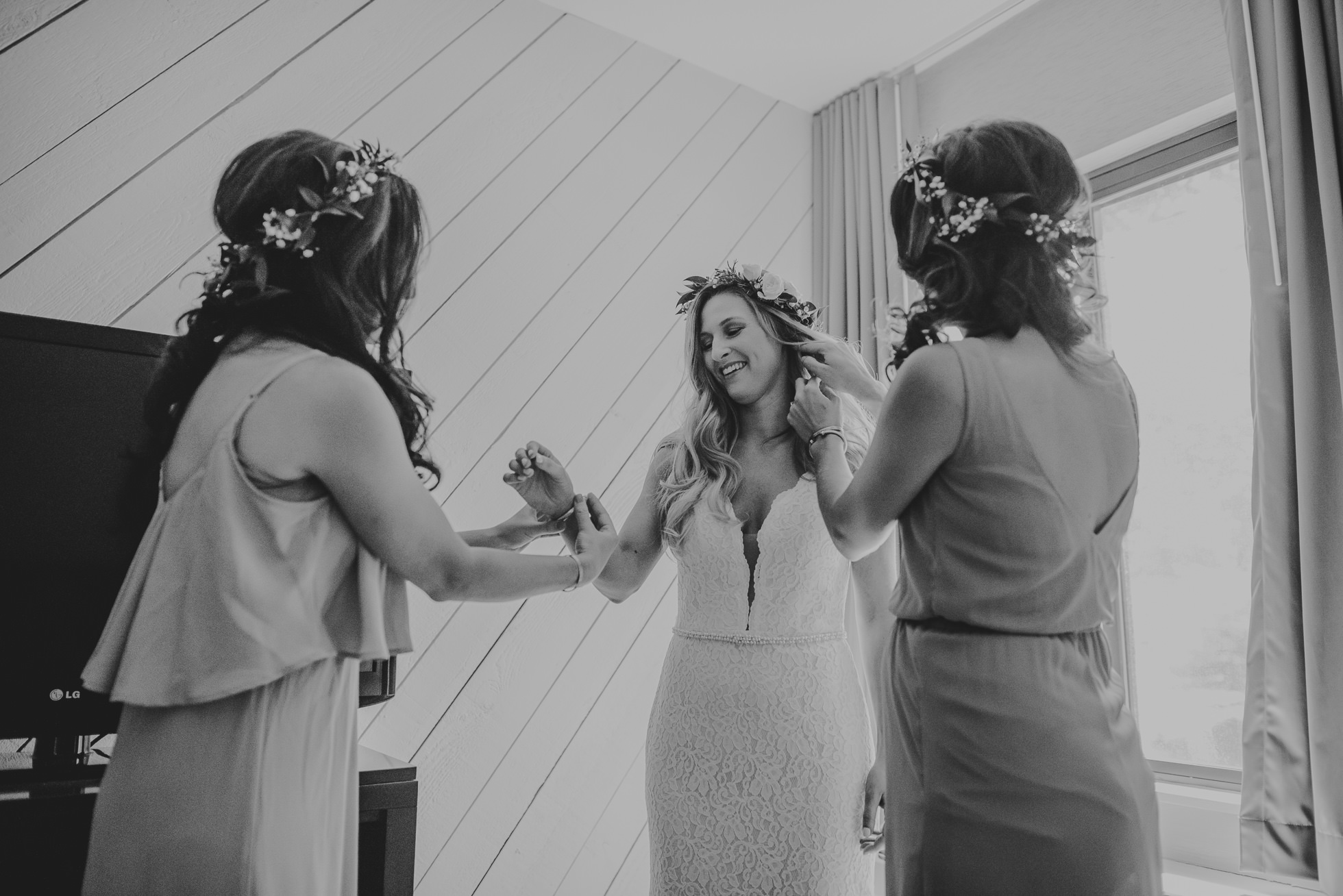 bridesmaids flower crowns photographed by Traverse the Tides