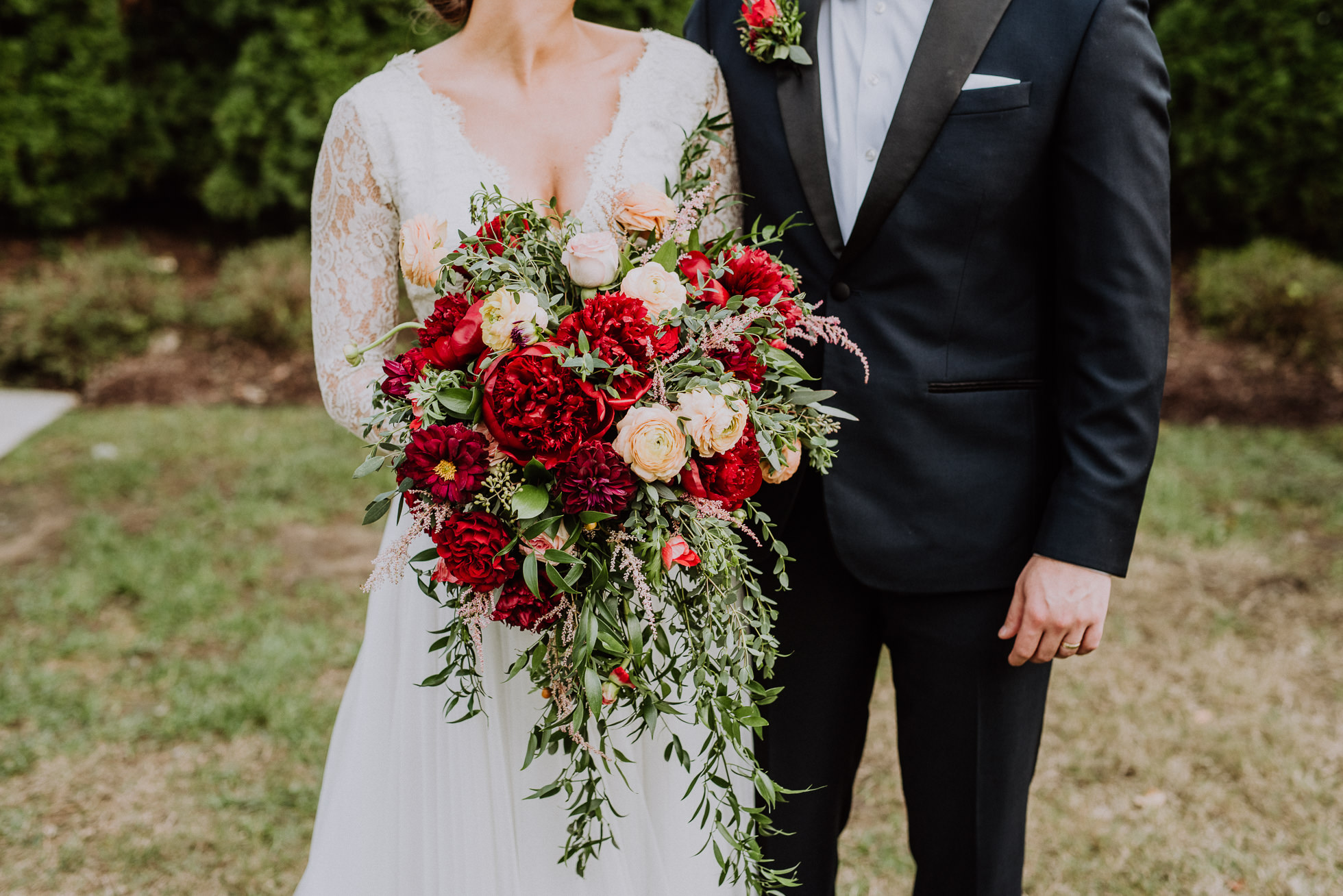 beautiful red bridal bouquet the cordelle nashville