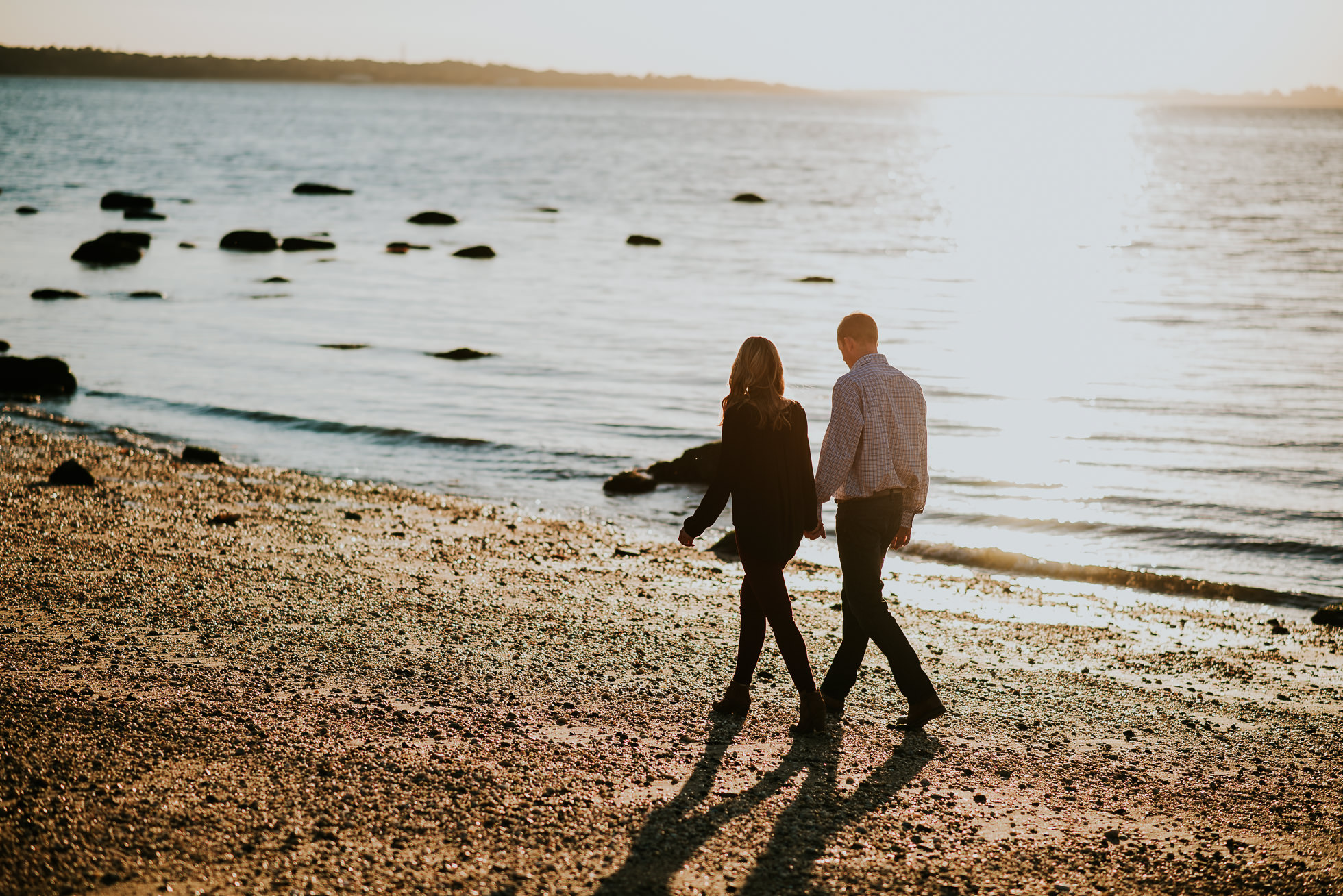 beach engagement session photographed by Traverse the Tides-2