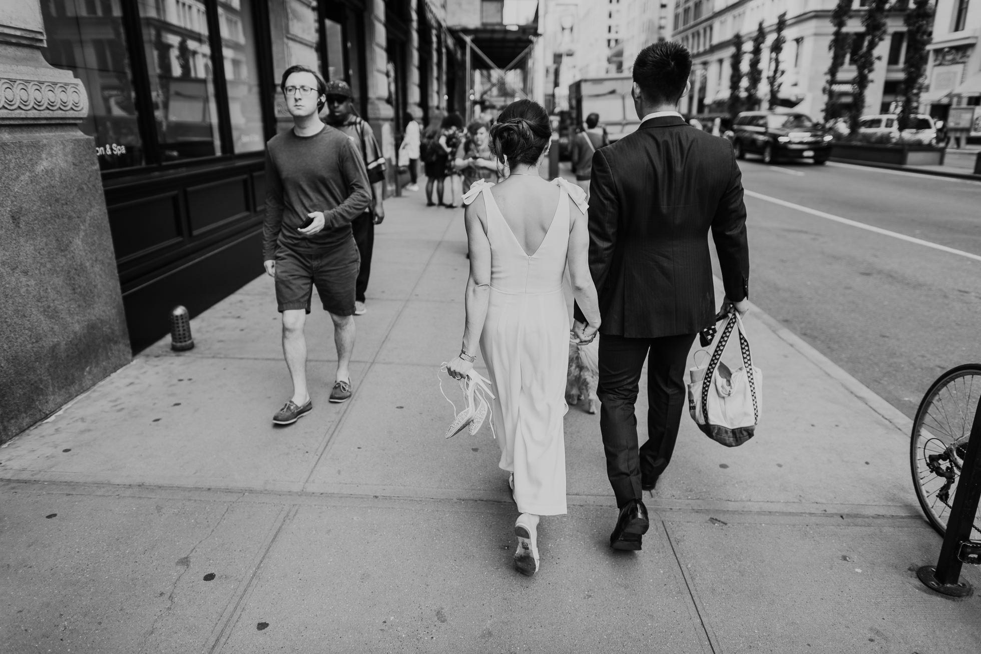 bride and groom Manhattan streets