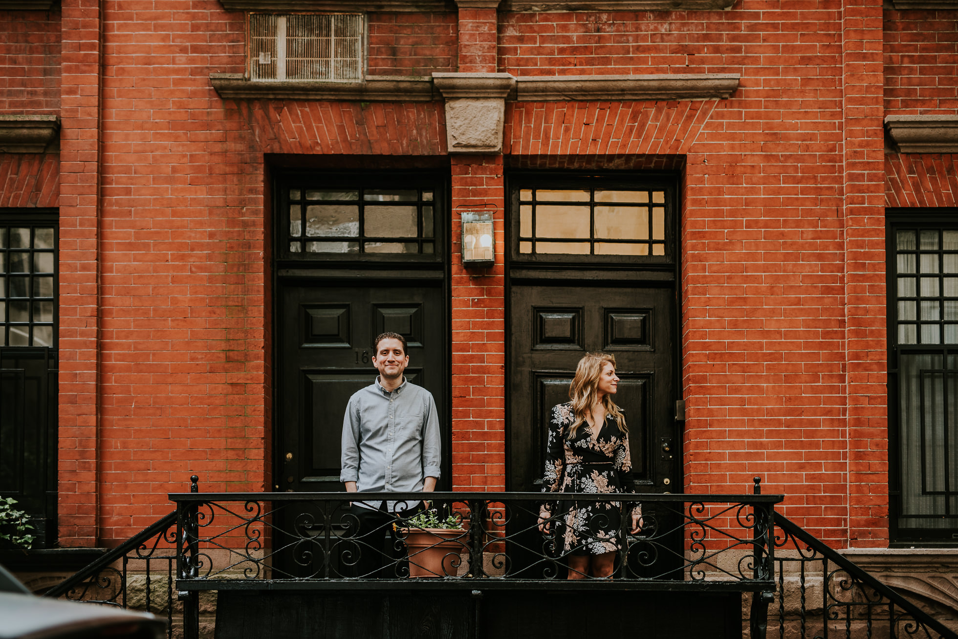 candid nyc engagement photos photographed by Traverse the Tides31