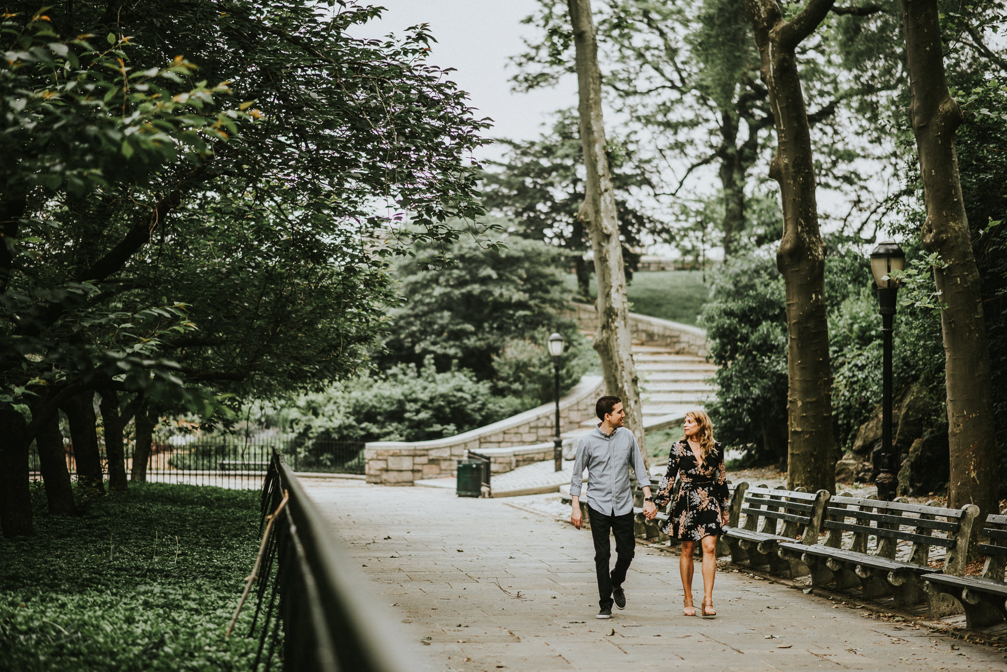 Carl Schurz Park engagement session photographed by Traverse the Tides1