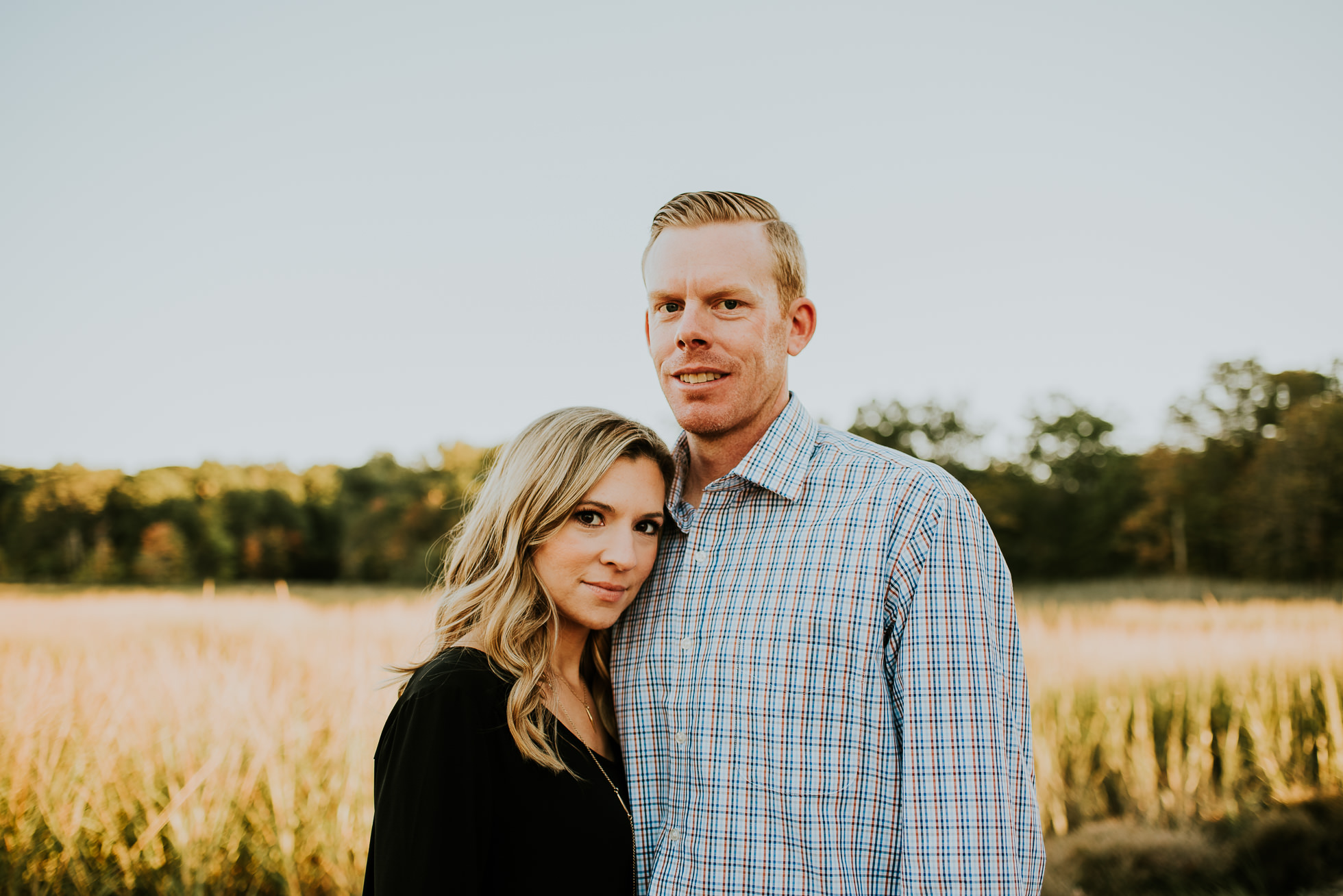 couple portraits session photographed by Traverse the Tides