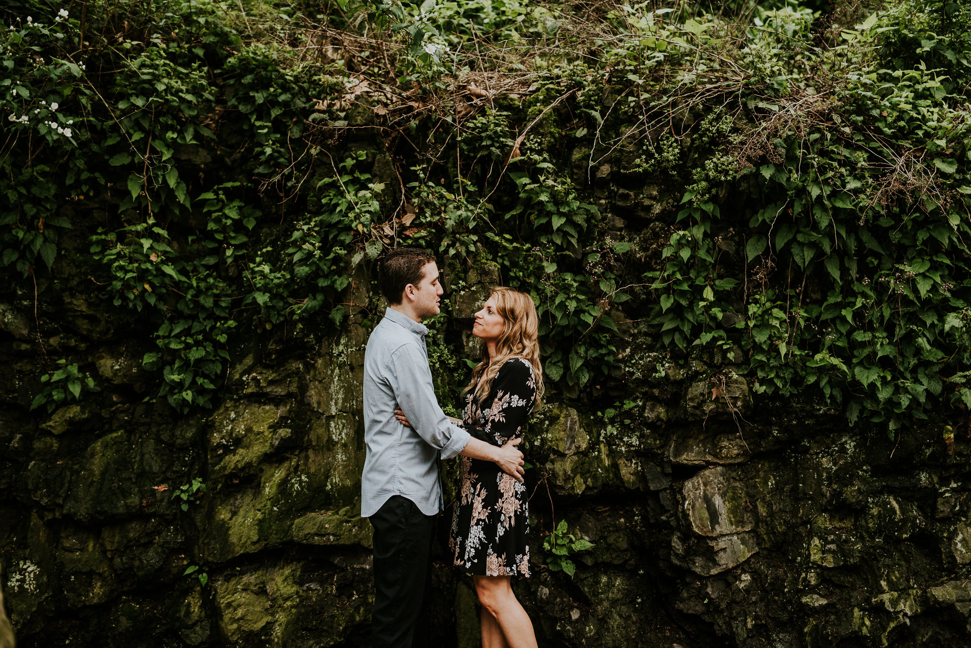 engagement photo outfit ideas photographed by Traverse the Tides3