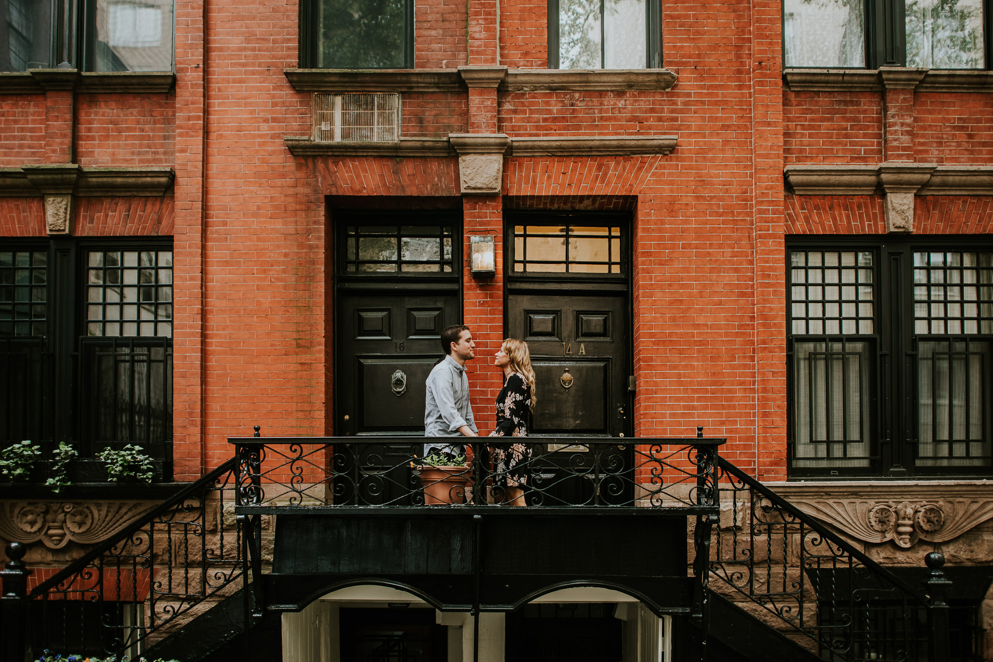 hipster engagement photos photographed by Traverse the Tides29