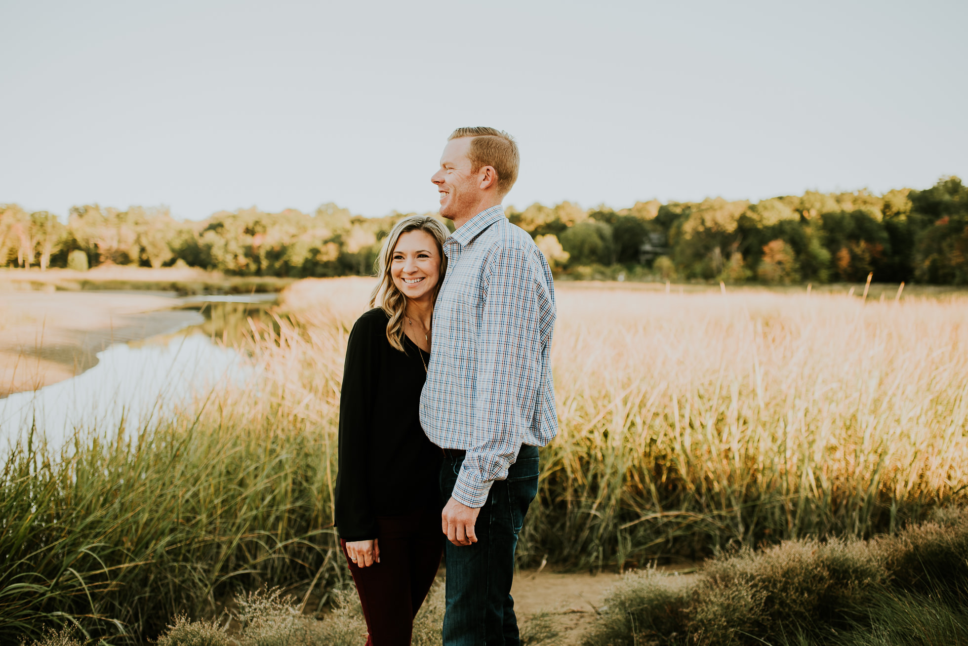 love engagement session photographed by Traverse the Tides