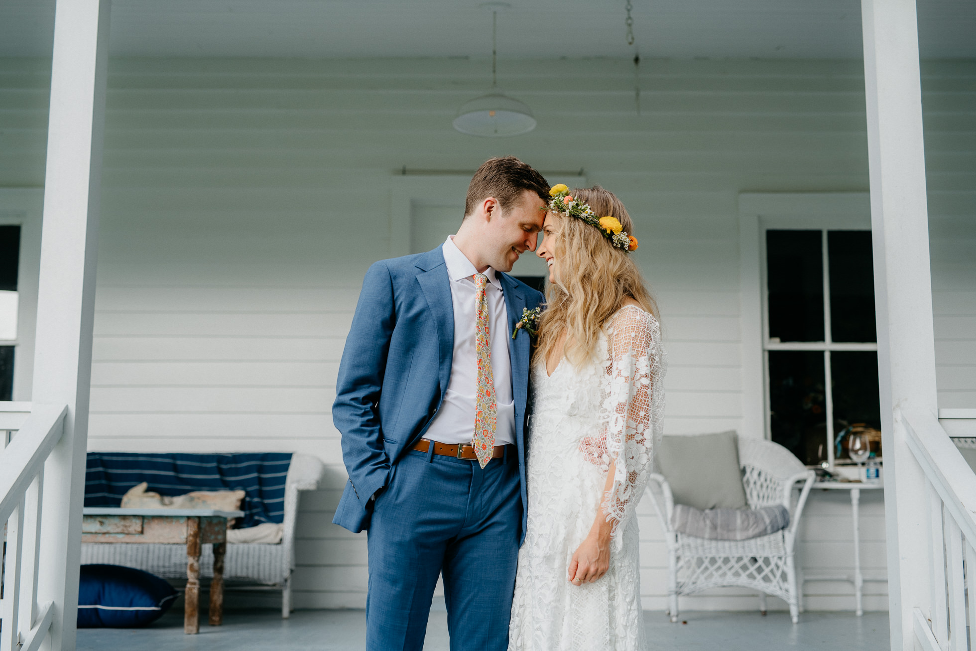 porch wedding photos