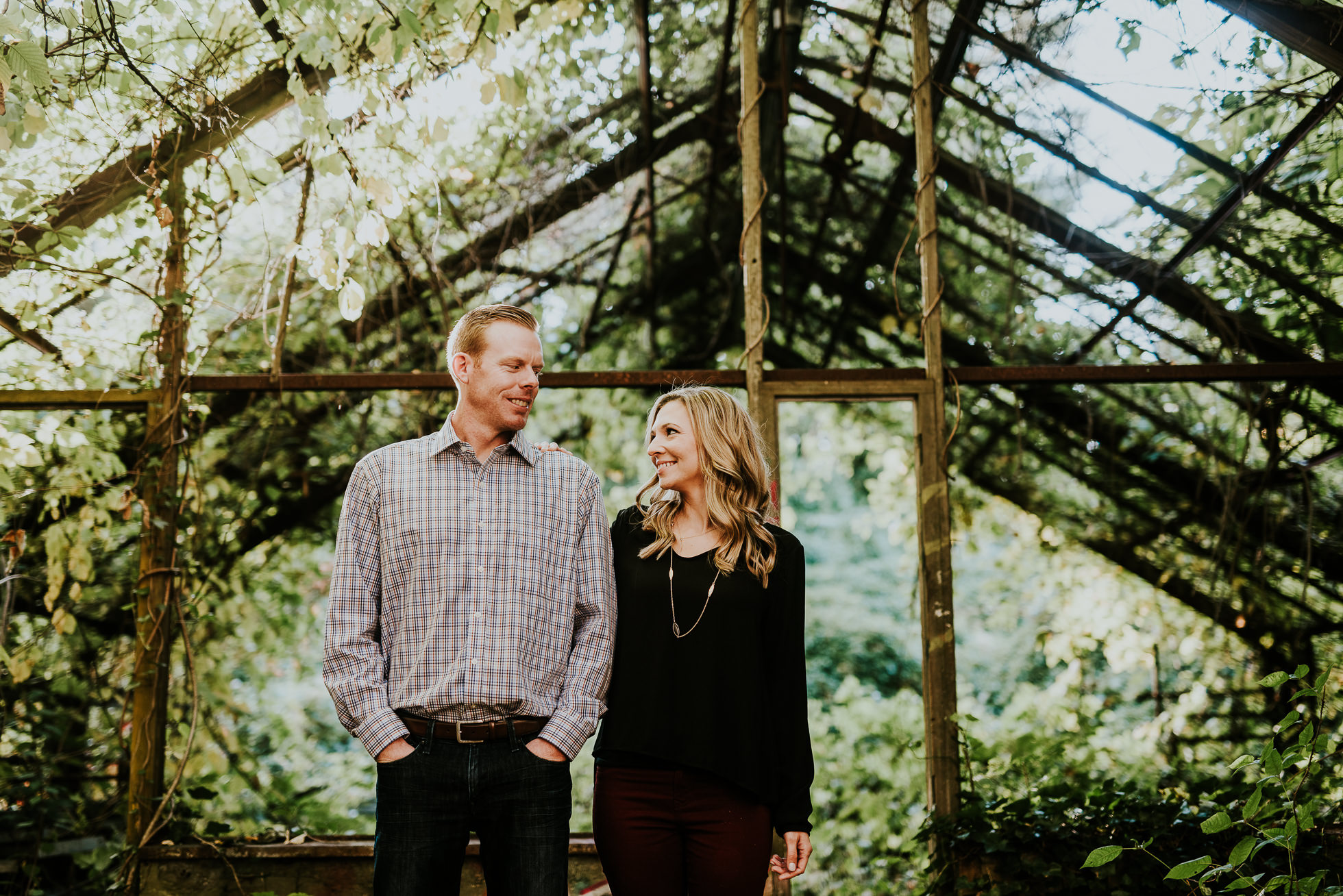 romantic Long Island engagement session photographed by Traverse the Tides