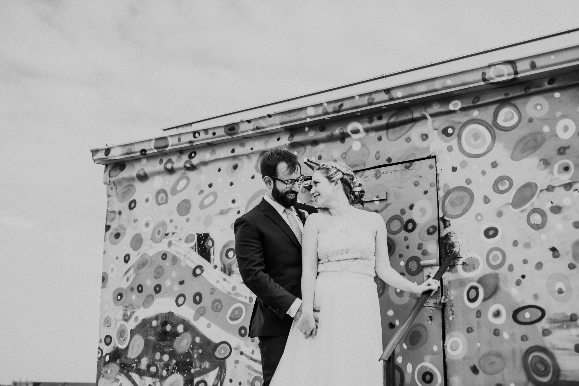 rooftop wedding portraits photographed by Traverse The Tides