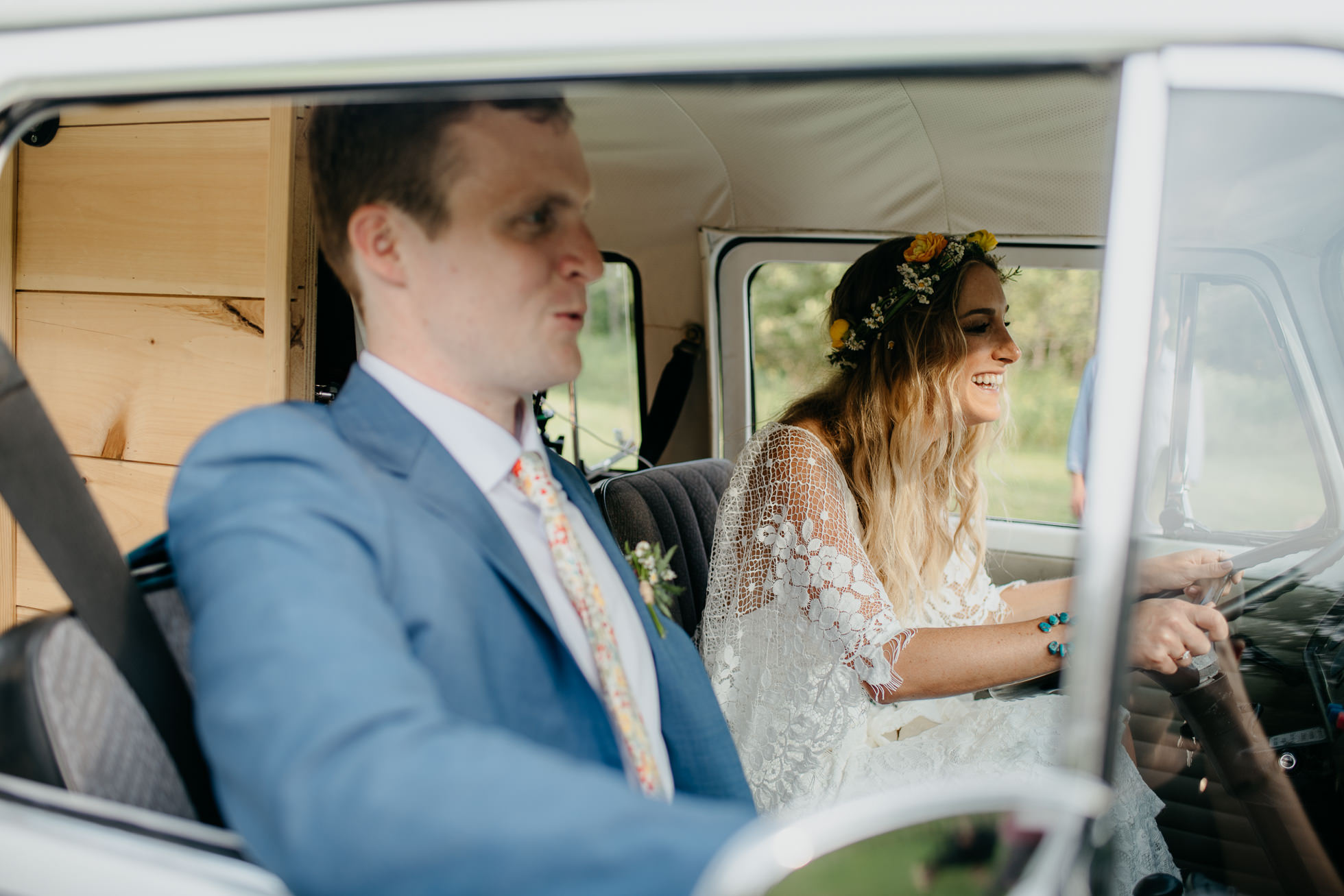 volkswagen bus wedding
