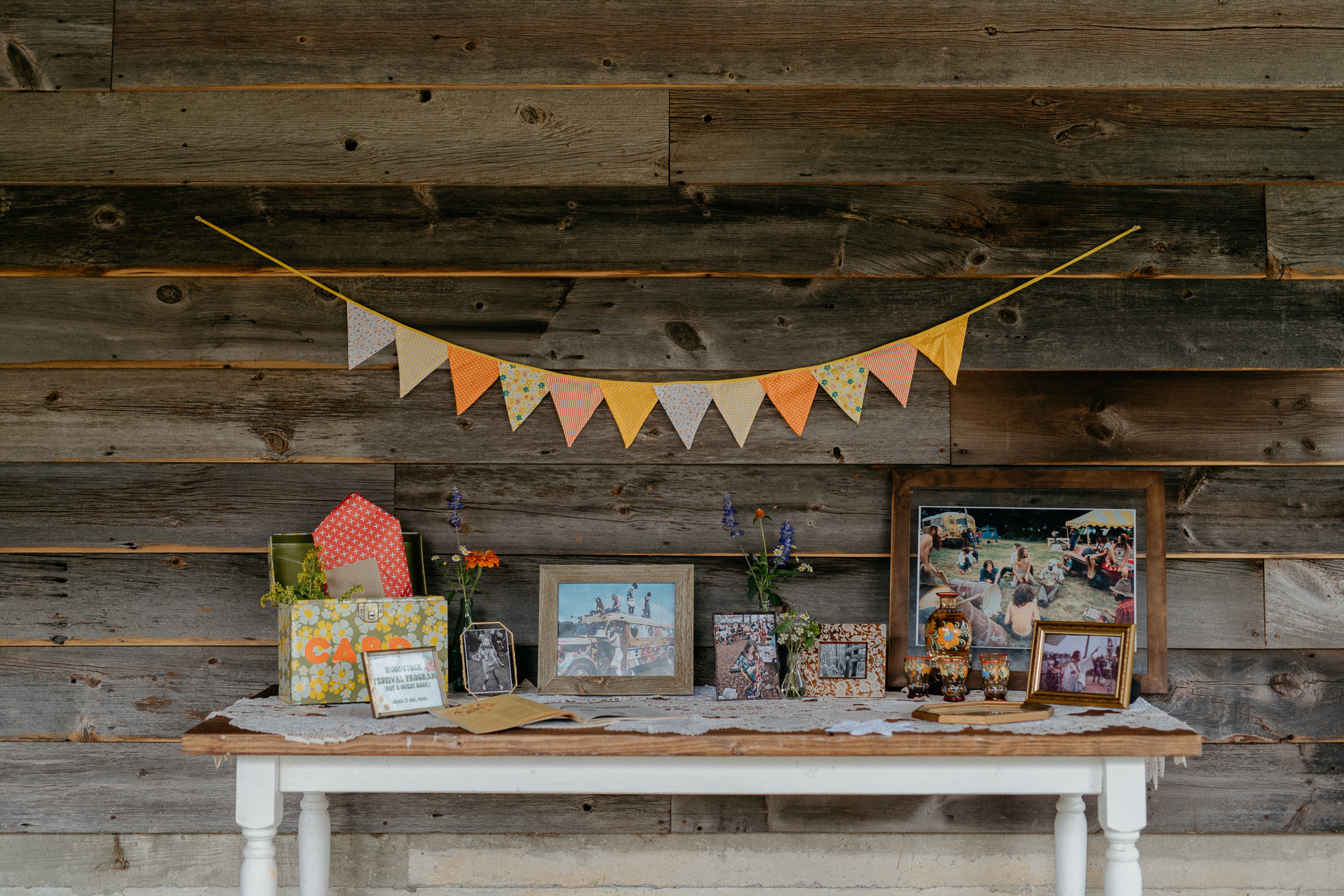 Woodstock wedding decor-2