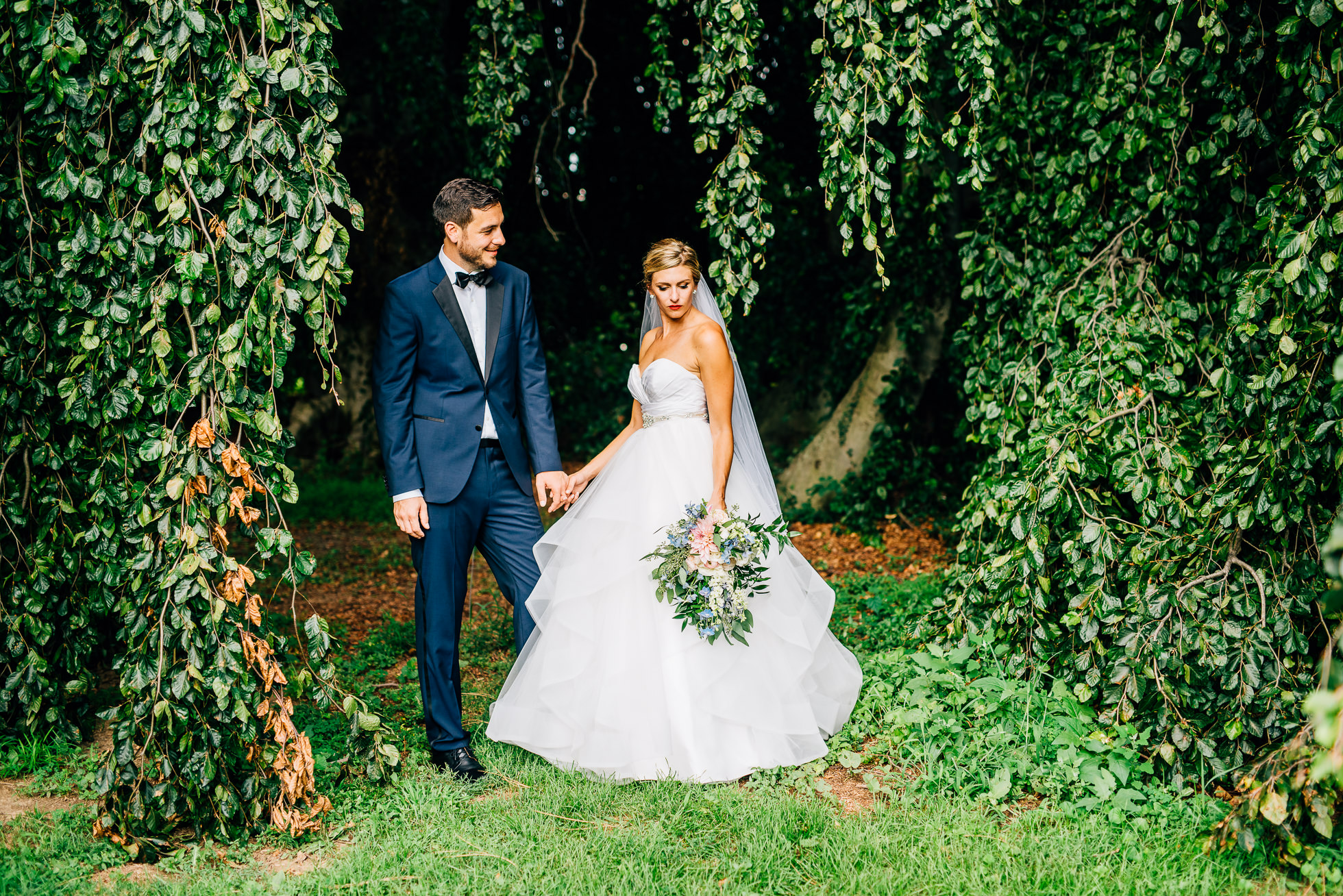 bride and groom portraits trees at lyndhurst castle photographed by traverse the tides