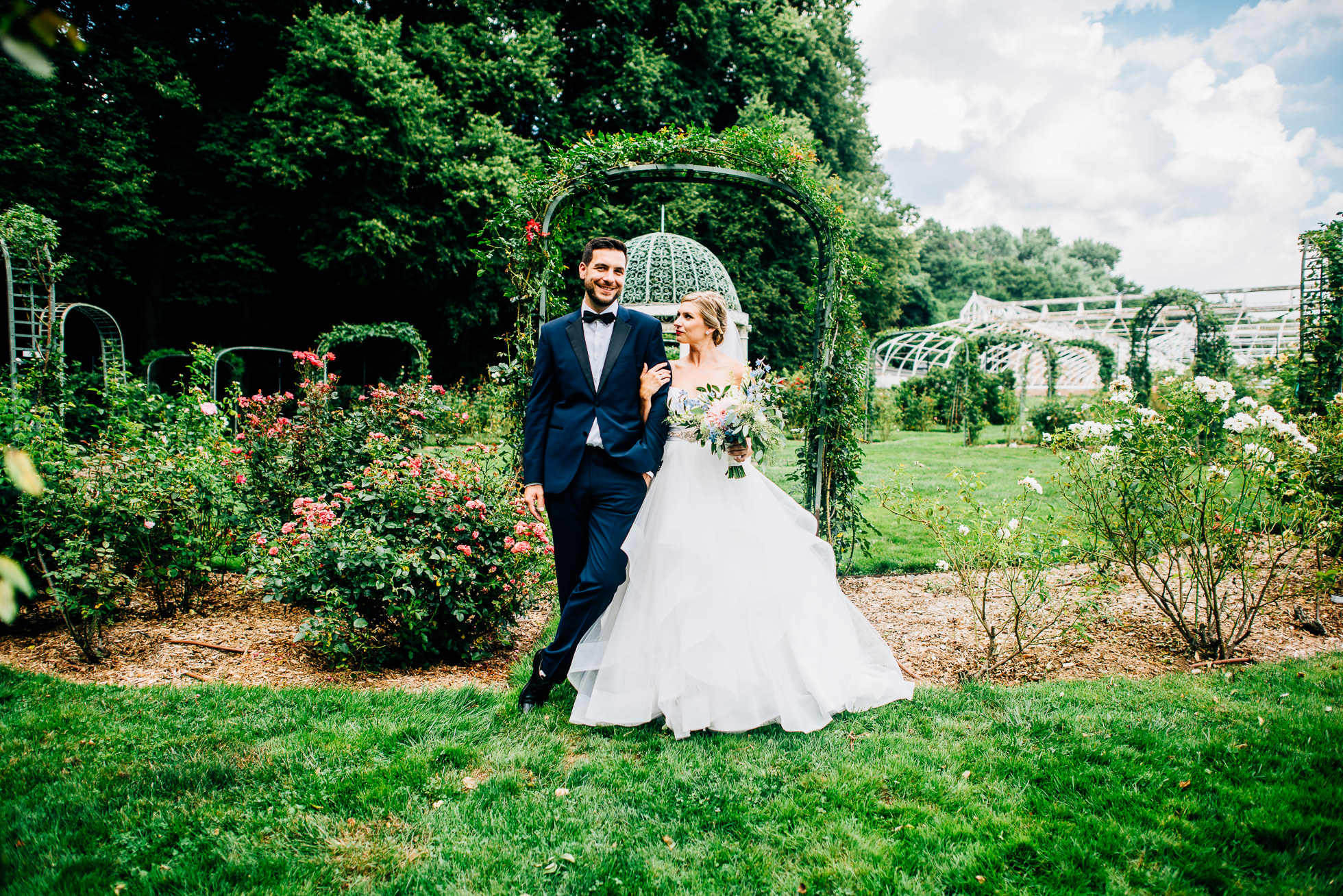 bride & groom portraits at lyndhurst castle rose garden photographed by traverse the tides-4