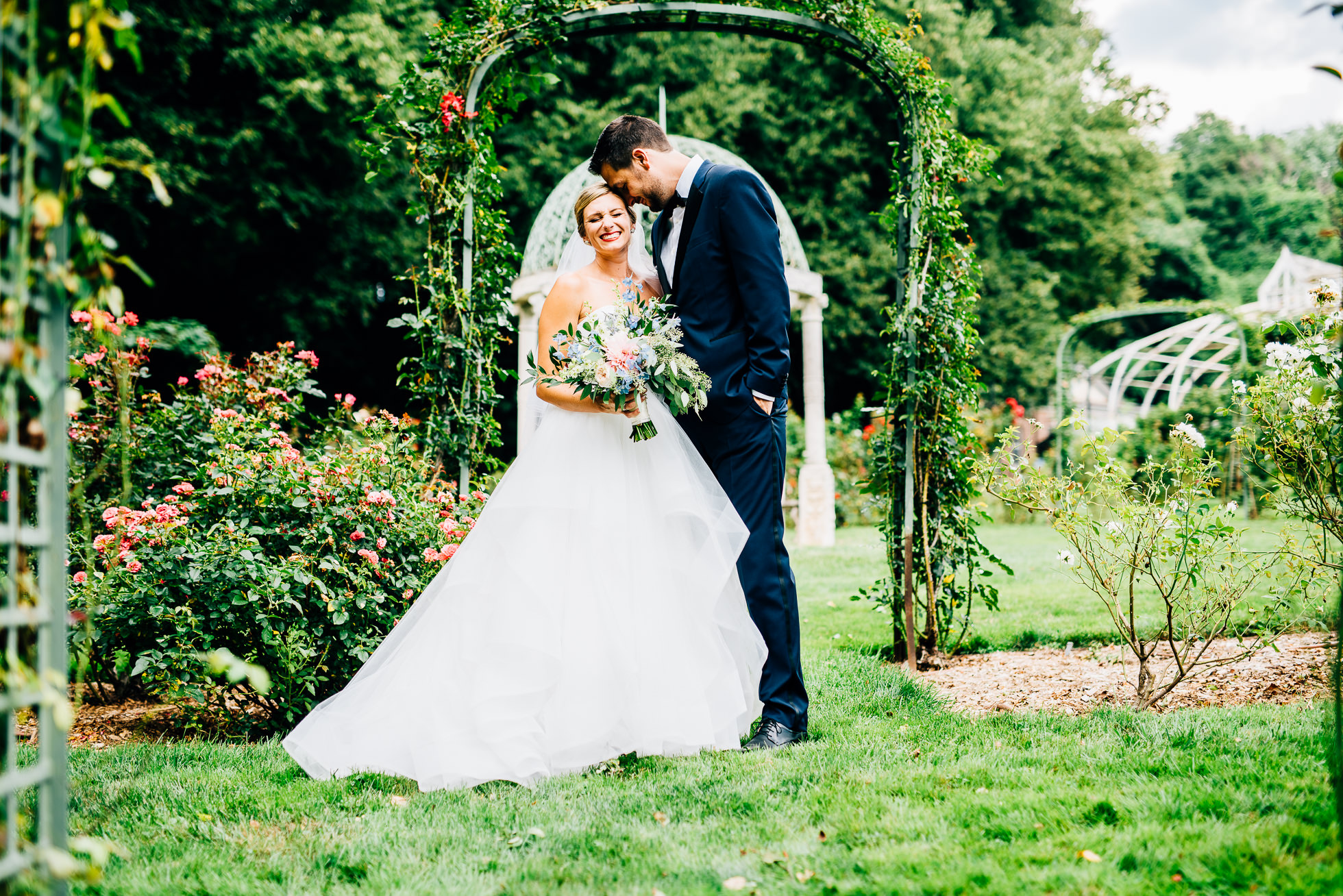bride & groom portraits at lyndhurst castle rose garden photographed by traverse the tides