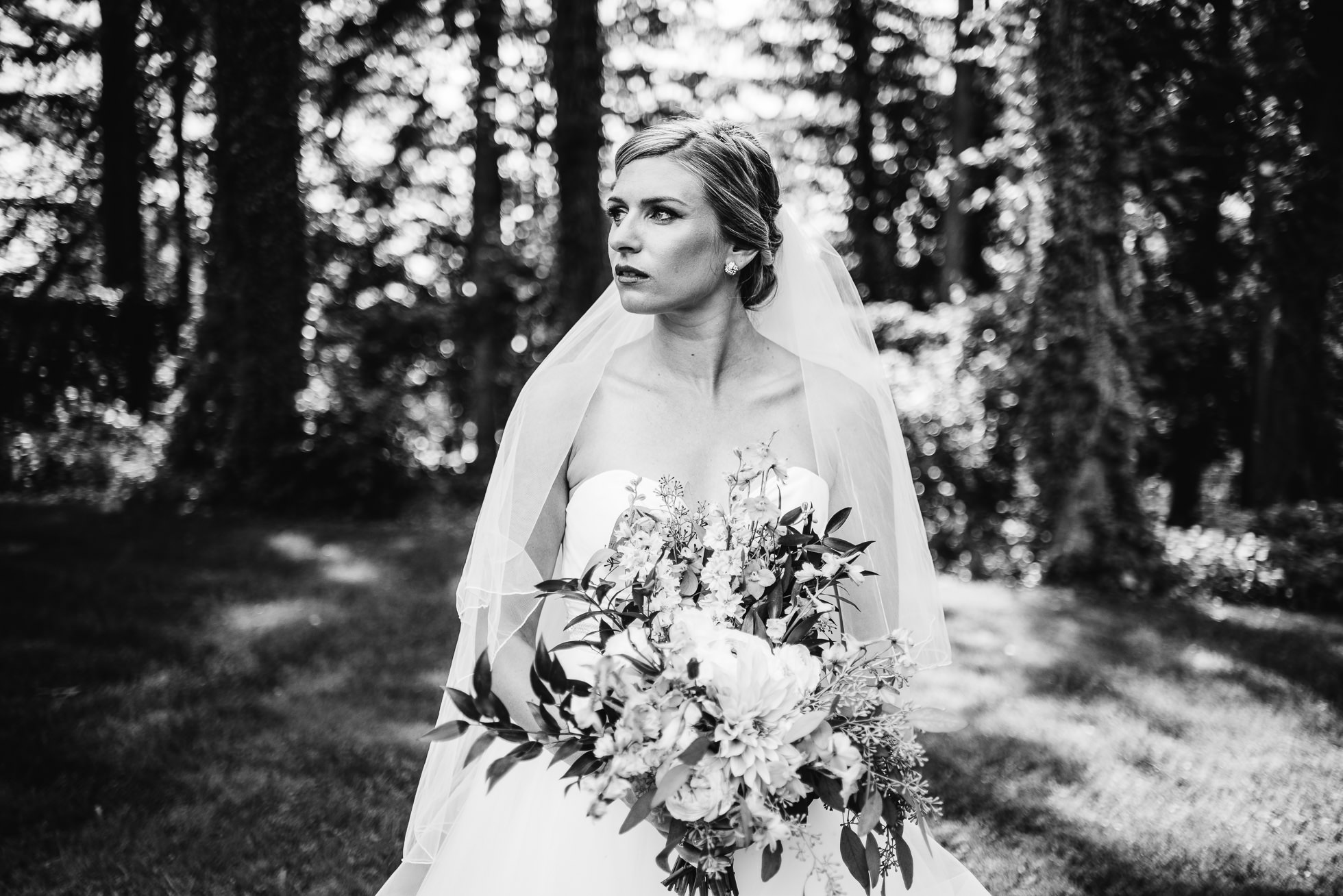 bride portrait at lyndhurst castle photographed by traverse the tides