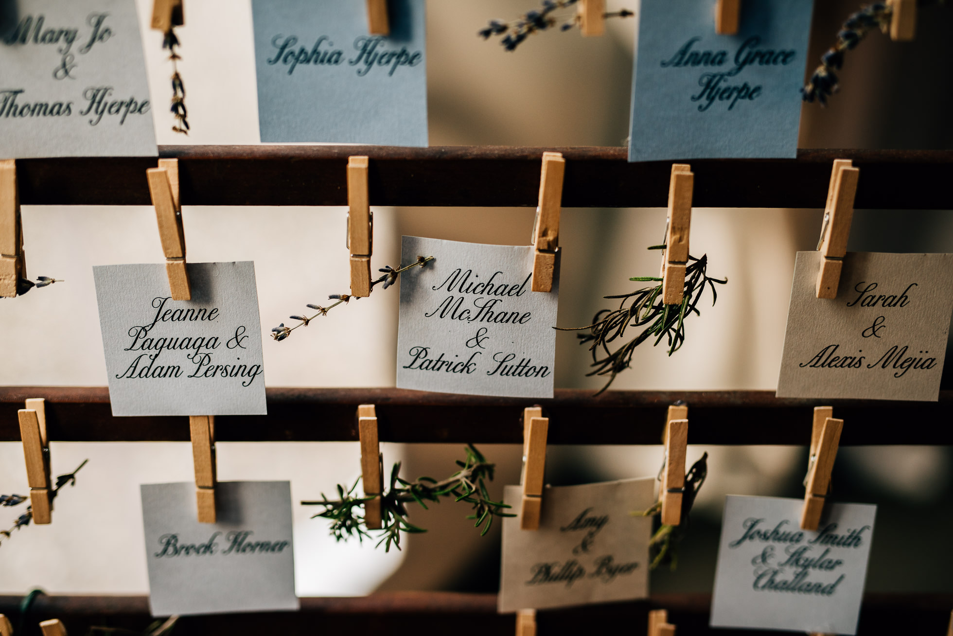 table place cards at lyndhurst castle photographed by traverse the tides
