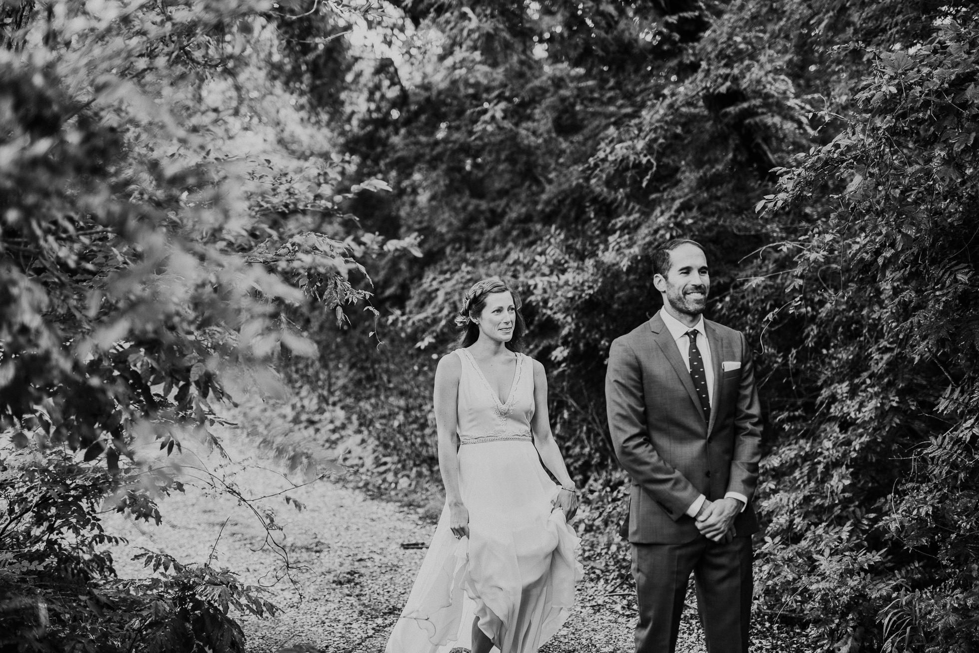 first look Montauk wedding photographed by Traverse the Tides