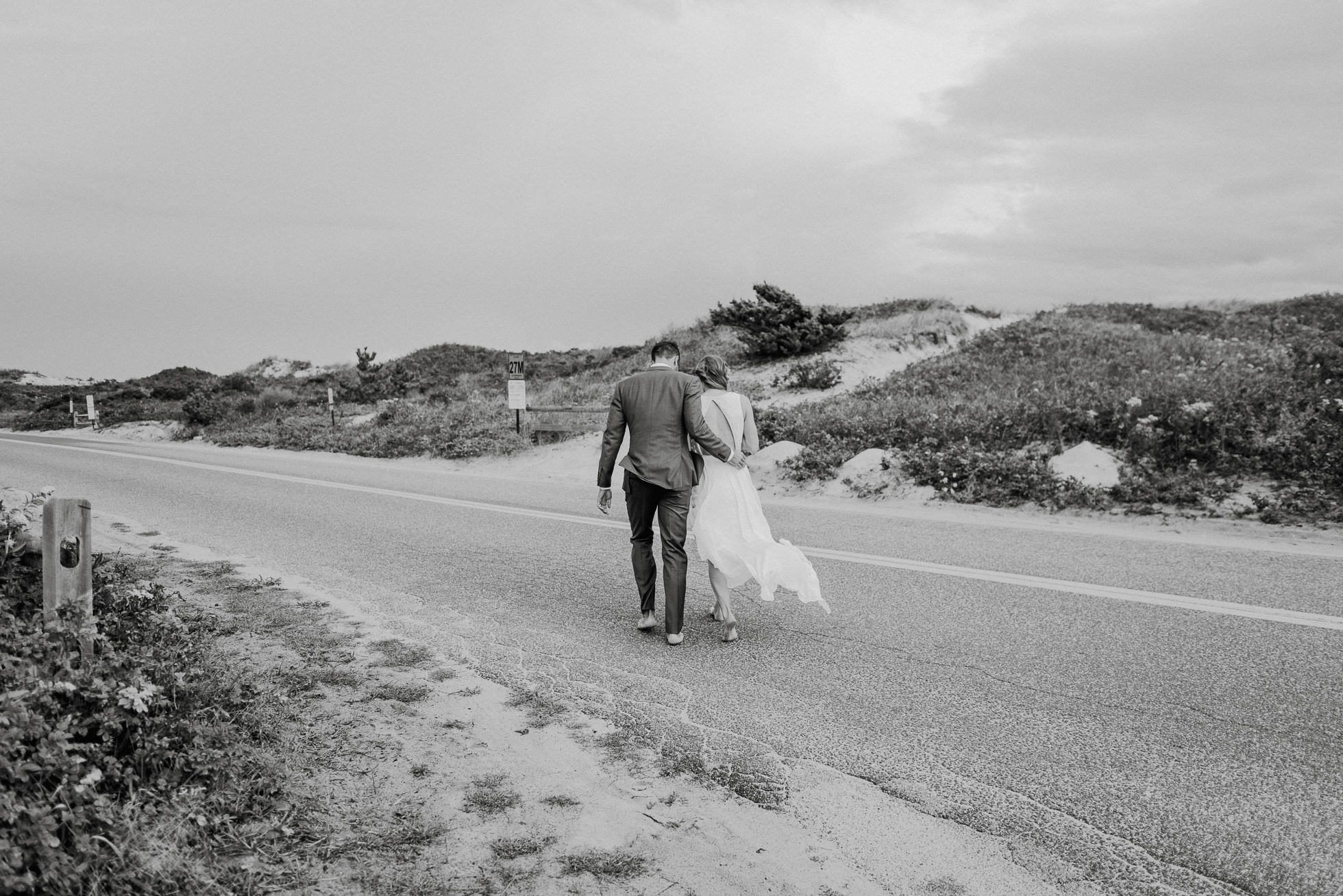 bride and groom Montauk beach wedding photographed by Traverse the Tides