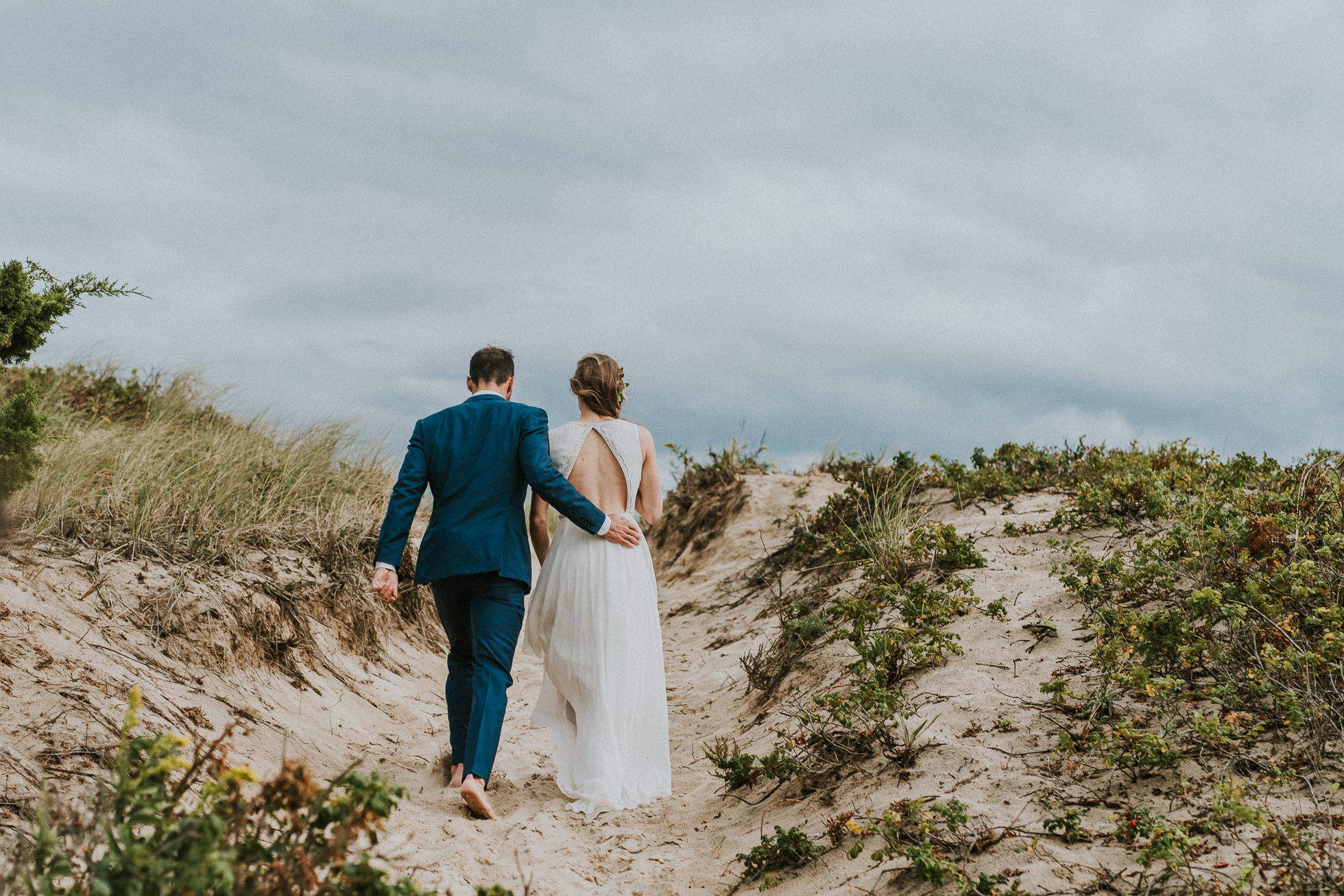 bride and groom Kirk Park Beach Montauk wedding photographed by Traverse the Tides