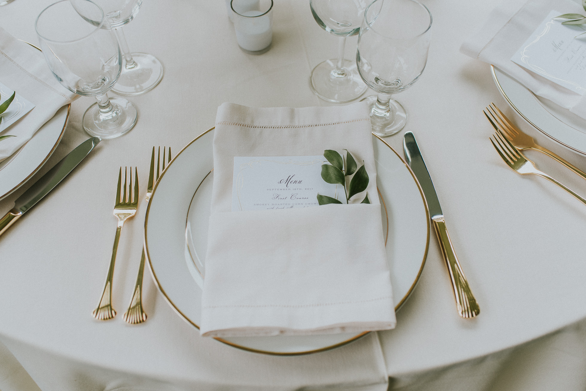 romantic table setting long island wedding