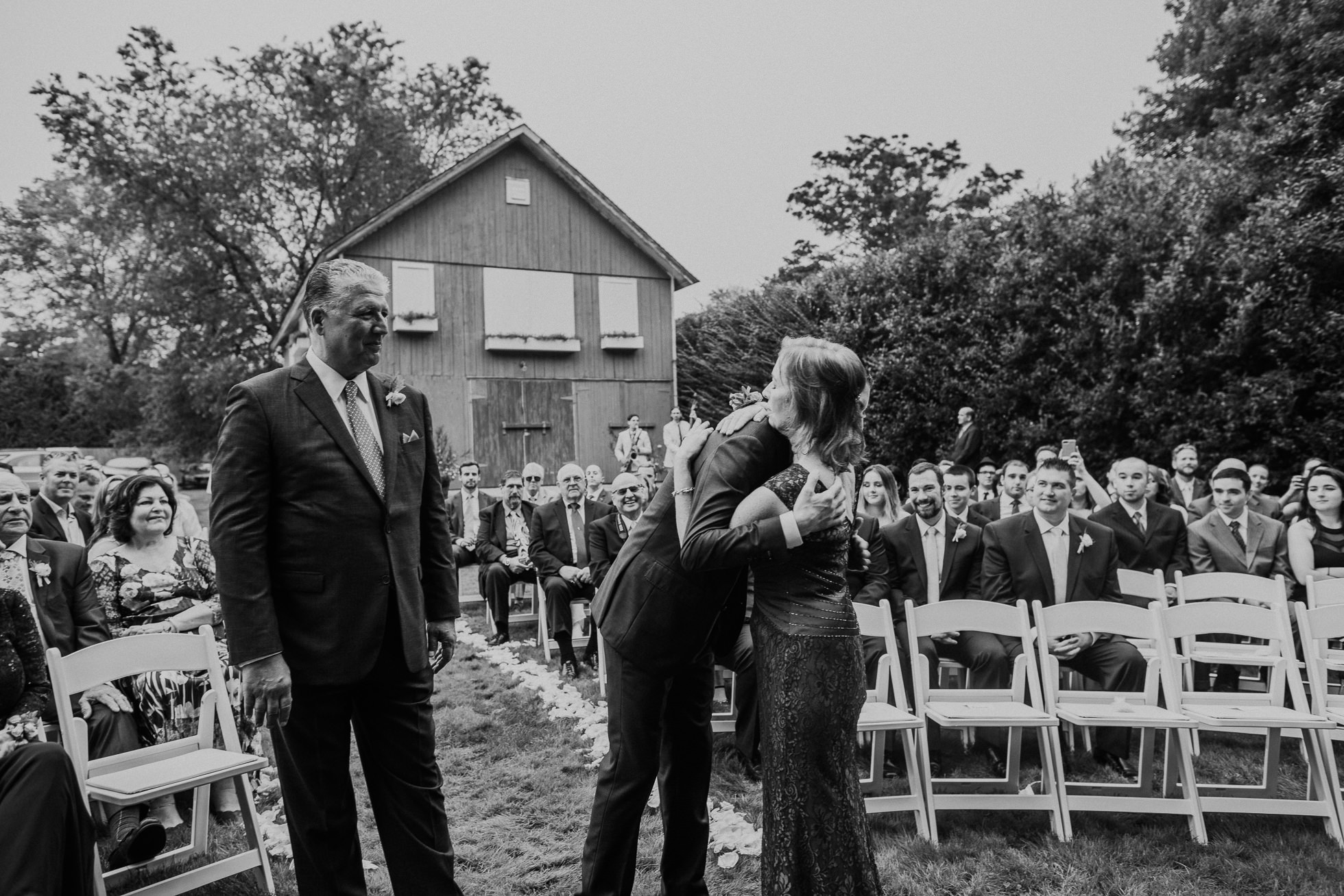 the Hedges Inn rustic wedding ceremony