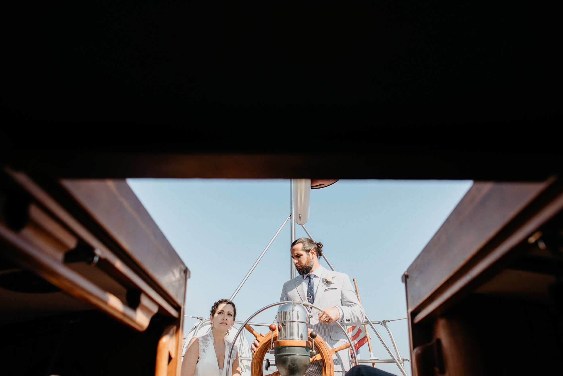 bride and groom sailing yacht