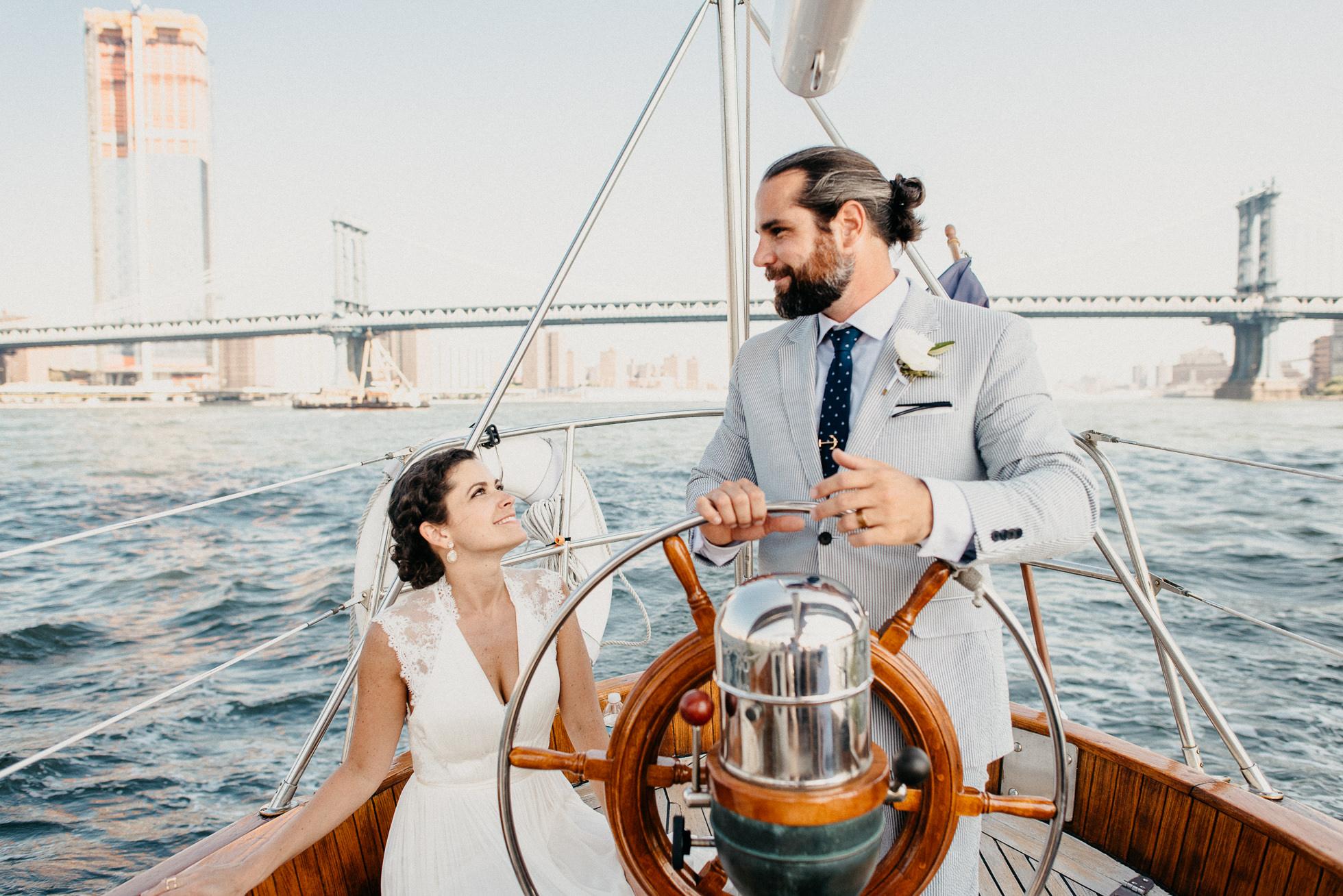 yacht sailing manhattan